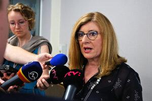 Ministerka pôdohospodárstva a rozvoja vidieka Gabriela Matečná počas tlačovej besedy po sneme Slovenskej národnej strany vo Zvolene.