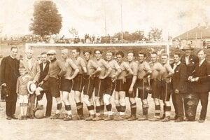 Začiatky futbalu v Moldave nad Bodvou.