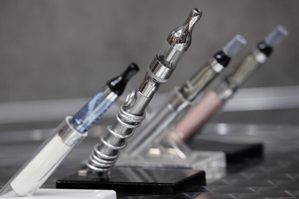 San Francisco sa stane prvým mestom v Spojených štátoch, ktoré zakáže predaj a výrobu elektronických cigariet.