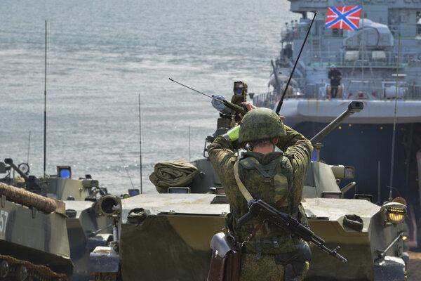 Cvičenie ruských vojsk na Kryme.