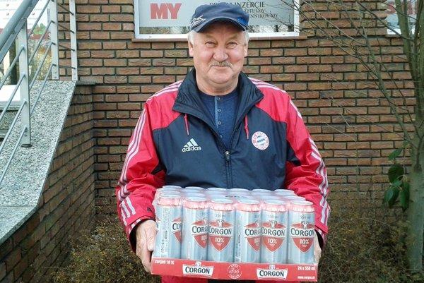Víťazom 1. kola sa stal Albín Tóth z Čakajoviec. Z redakcie si odniesol kartón piva Corgoň od spoločnosti Heineken.
