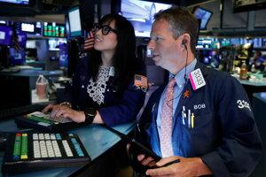 Americký akciový trh mierne posilnil.