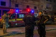 Tuniskí policajti hliadkujú po tom, čo policajti zastrelili podozrivého plánovača minulotýždňových koordinovaných samovražedných bombových útokov.