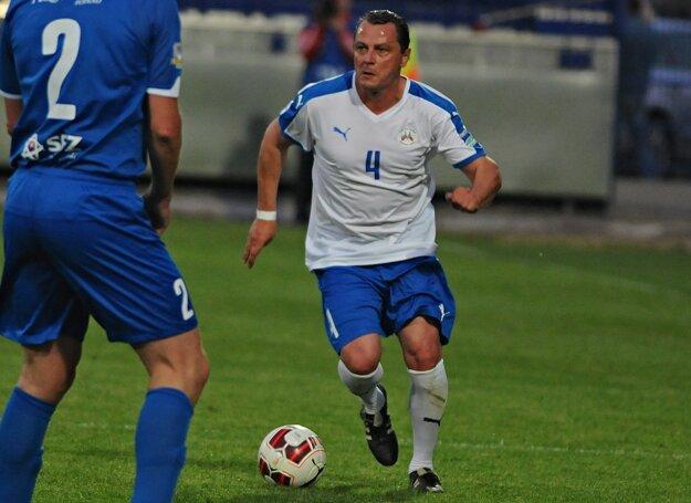 Vladimír Kinder je prvým slovenským futbalistom, ktorý si zahral v anglickej Premier League.