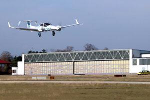 Lietadlo nemeckého tímu, ktoré ako prvé v máji 2019 pristálo plne autonómne. Na navigáciu využilo GPS a optický systém s kamerami.