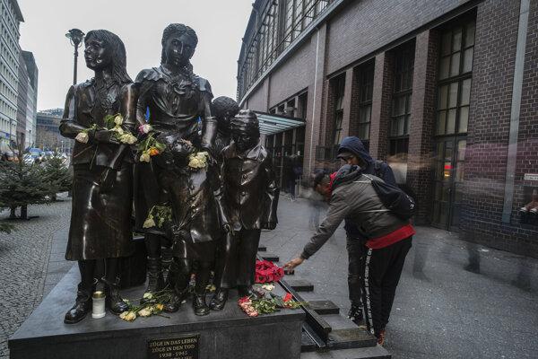 Berlínsky pamätník židovských detí vyvezených z nacistického Nemecka.