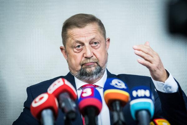 Štefan Harabin je od júla znova sudcom. Kvôli prezidentksej kampani mal polročnú prestávku.
