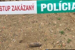 Delostrelecký granát z obdobia II. svetovej vojny našli v Dojči.