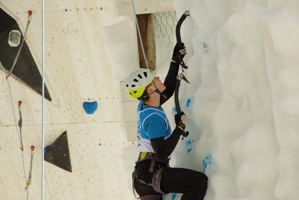 Peter Kuric na ľadovej stene.