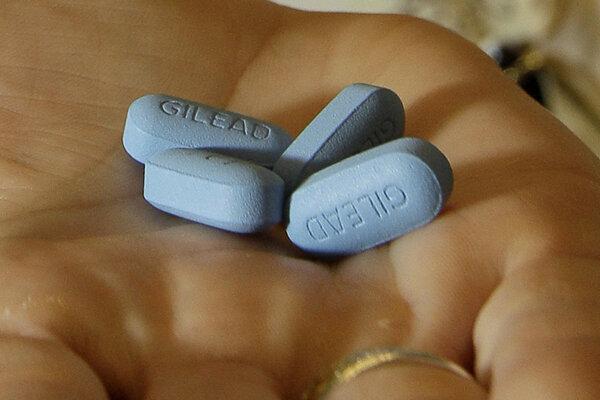 Až 23,3 milióna z HIV pozitívnych má prístup k nejakej forme antiretrovírusovej liečby.
