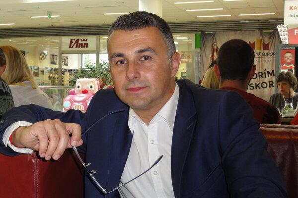 Samir Moumani.