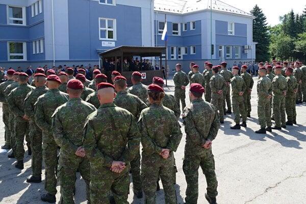 Nový veliteľ chce do 5. pluku špeciálneho určenia nalákať viac ľudí z civilu.