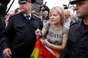 Aktivistov za práva LGBT komunity v Rusku väčšinou zatýkajú.