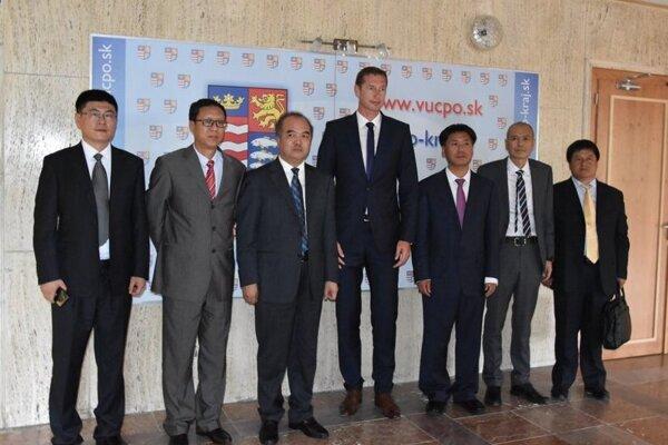 Župan Majerský pred rokom v Prešove s topmanažérmi zo Shanxi.