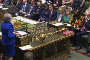 Odchádzajúca britská premiérka Theresa Mayová v stredu absolvovala v Dolnej snemovni britského parlamentu svoje posledné interpelácie vo funkcii šéfky vládneho kabinetu.