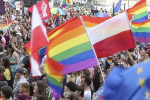 Po útoku na dúhový pochod v Bielostoku sa vo Varšave konali  podujatia na podporu LGBT komunity.