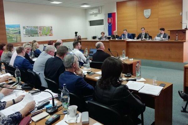O novom VZN by sa malo diskutovať na zastupiteľstve MsZ v Senici.