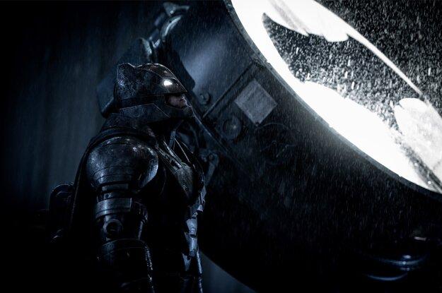 Batman, človek posilnený technologickými výdobytkami.