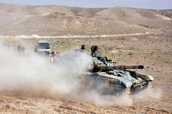 Sýrska armáda nasadila aj tanky.