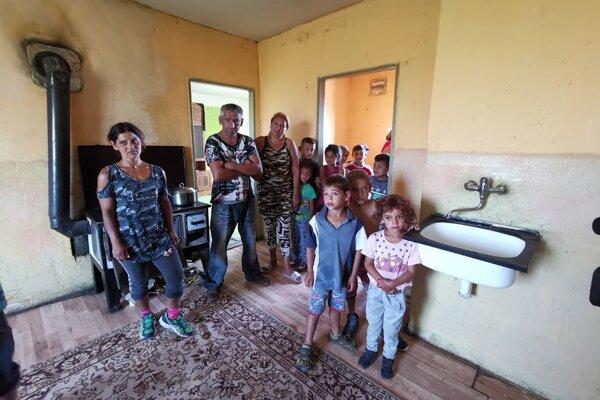 Slávka a Ivan s rodinou sa budú musieť z bytu č. 40 vysťahovať.
