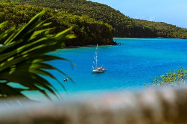 Zátoky ostrova Svätý Tomáš