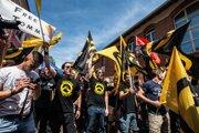 Rakúske krajne pravicové hnutie identitariánov bojuje proti migrantom aj liberálom.