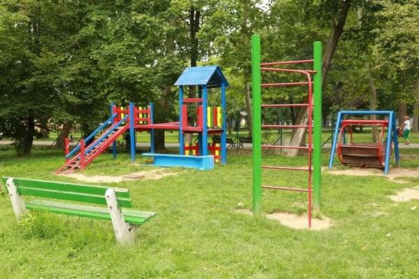 Staré detské ihrisko v Zámockom parku