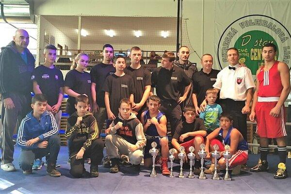 Školáci z trebišovskej ZŠ Ivana Krasku zaujali vynikajúcimi športovými výkonmi.