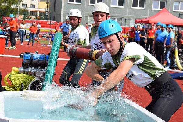 Majstrovská v hasičskom športe v Prešove.