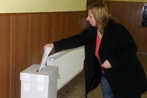 Nepoužité hlasovacie lístky voliči vhadzovali do špeciálnych schránok.