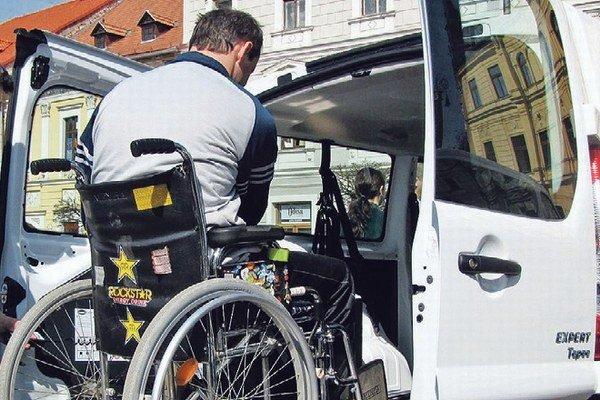 Invalidné vozíky sa budú ovládať ľahšie.