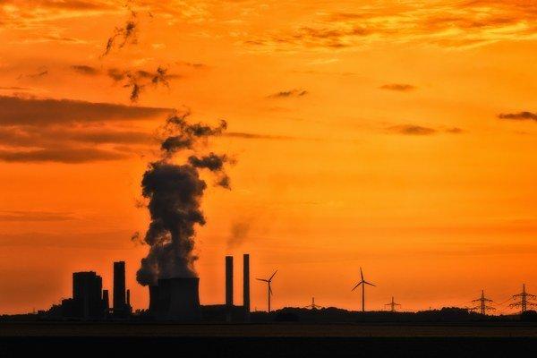 Tepelné elektrárne na uhlie majú zabezpečiť stabilitu.