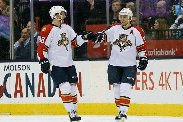 Jokinen (vpravo) je hrdý, že je v jednom tíme s Jágrom.