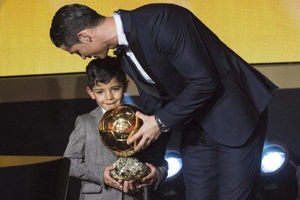 Vlani získal Zlatú loptu Ronaldo.