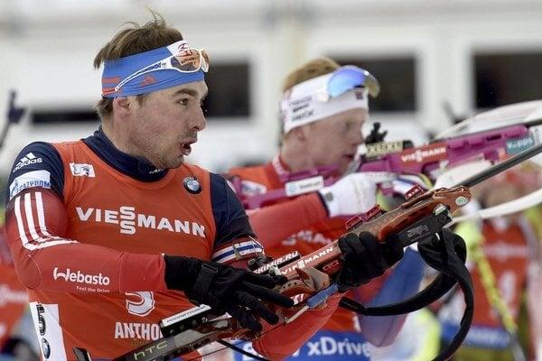 Brat Anastasie Kuzminovej Anton Šipulin bol finišmanom ruskej štafety.