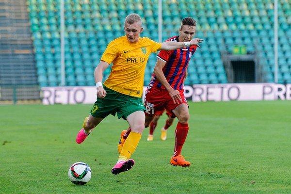 Lukáš Čmelík (vľavo) je veľkým talentom, ale má problémy s disciplínou.