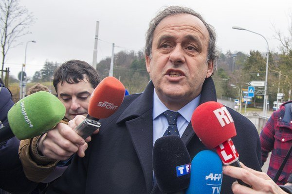 Ešte pred príchodom na vypočúvanie poskytol Michel Platini vyjadrenia prítomným novinárom.