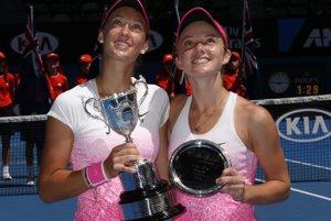 Tereza Mihalíková (vľavo) a Katie Swan.
