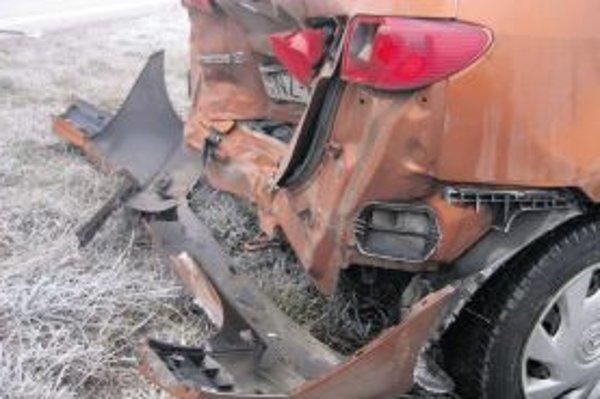 Za dopravnú nehodu sa považuje aj situácia, keď sa ňou podľa odhadu stane škoda prevyšujúca hodnotu 3990 eur.