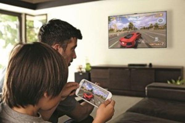 Obraz je možné bezdrôtovo preniesť do podporovaných typov televízorov.