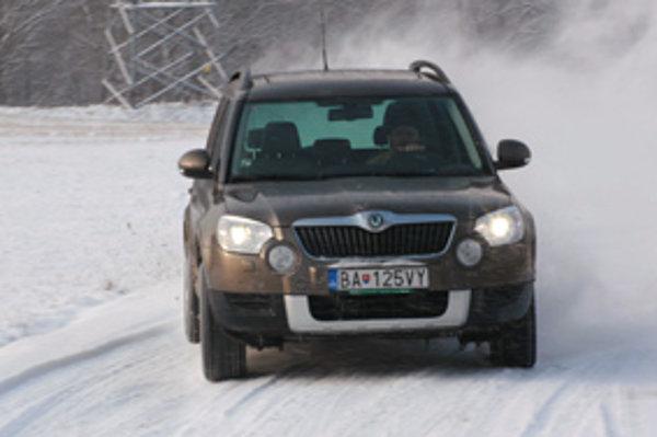 Škoda Yeti jazdí na snehu výborne. Za istých okolností sa správa ako športové auto.