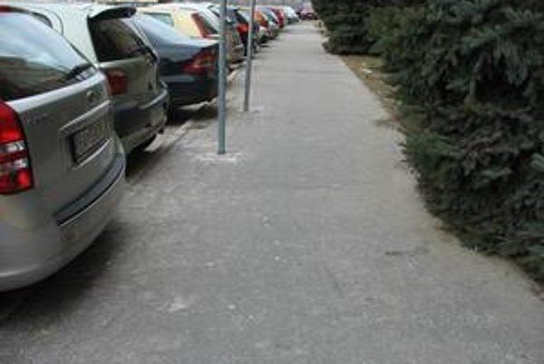 Niekedy snaha zlepšiť parkovanie môže dopadnúť celkom inak.