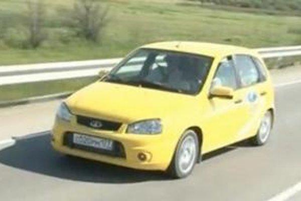Putin v aute na ceste z Chabarovska do Čity.