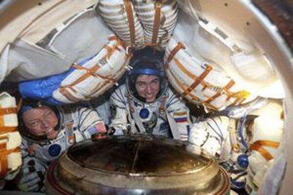 Posádka na ISS.