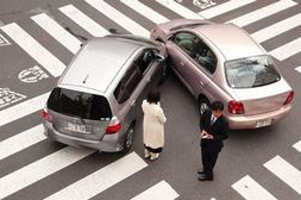 Takto sa to končí, keď nedáme prednosť. Hoci v tomto prípade to pravdepodobne bolo nedanie prednosti zľava - v Japonsku sa jazdí vľavo.