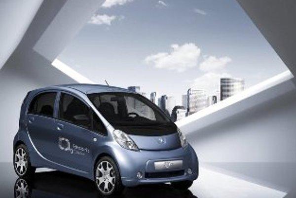 Sériová výroba Peugeotu iOn odštartuje na budúci rok. Automobilka plánuje ročne predať 25 000 kusov.