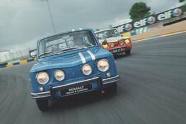 Renault 8 Gordini patril k najvydarenejším vozidlám z dieľne Améddéa Gordiniho. K typickým štylistickým znakom jeho modelov patria štyri okrúhle svetlomety vpredu.