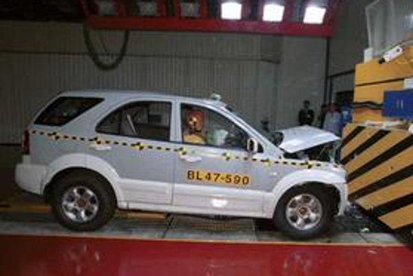 Vládne hodnotenie bezpečnosti je súčasťou Programu hodnotenia nových vozidiel Amerického úradu pre bezpečnosť v doprave a na diaľniciach (NHTSA's).