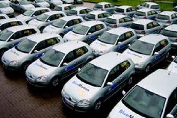 V uliciach Ženevy pribudlo 102 ekologických Volkswagenov