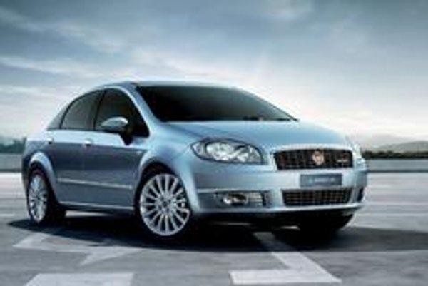 Fiat Linea vnáša do triedy čisto racionálnych rodinných áut svieži vietor v podobe talianského dizajnu.